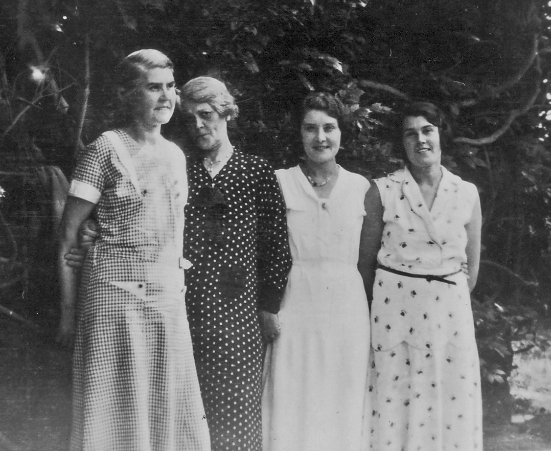 Het, Alice Mary, Alice junior, Vashti in 1934